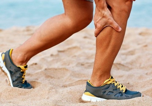 Из-за чего ноги сводит судорогой >