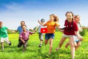 Отдых в загородных лагерях (видео)