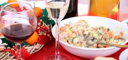 Диетологи озвучили список самых вредных новогодних блюд